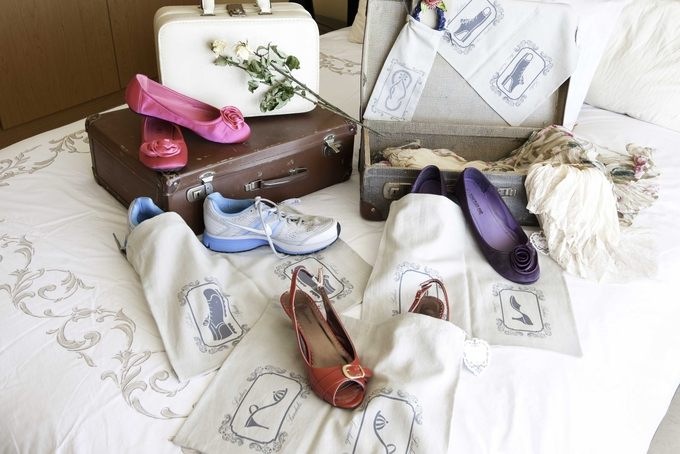 Travelling shoe bags retails for R55, by have2have